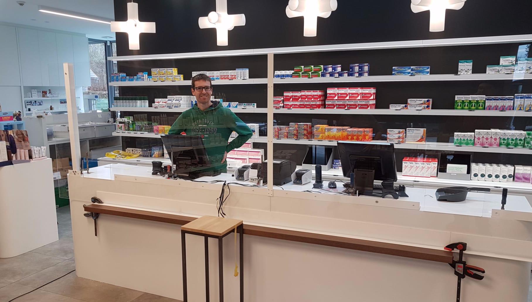 apotheek met plexiglas